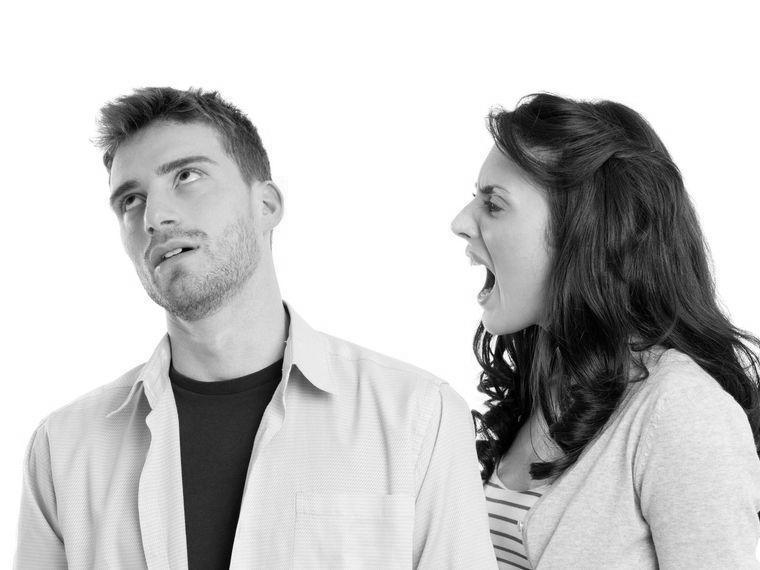 Cosa è il comportamento passivo aggressivo e perché è tanto diffuso nelle relazioni